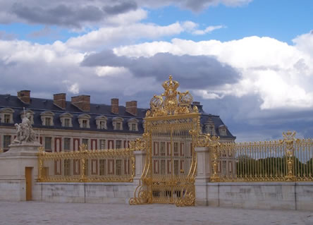 Gilded entrance to Versailles chateau